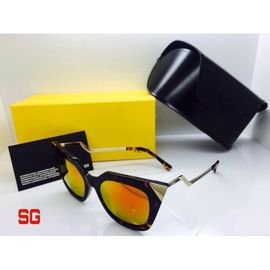 Fendi Cat Eye Sunglasses FND459