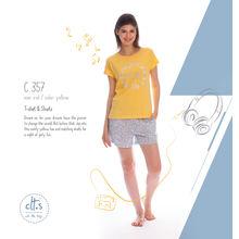 C357 - Tshirt and shorts, m