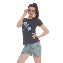 C308 - T-shirt and Shorts, m