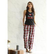 C554 - Vest & Pyjamas, s