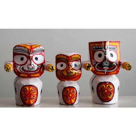 OHW026: Small Idols of Lord Jagannath, Balabhdra and Suvadra of Wood from Odisha.