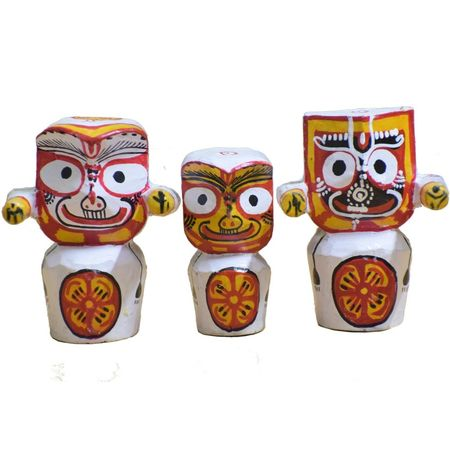 OHW026: Small Idols of Lord Jagannath, Balabhdra and Suvadra of Wood from Odisha.