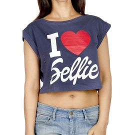 I Love Selfie Print Crop Top