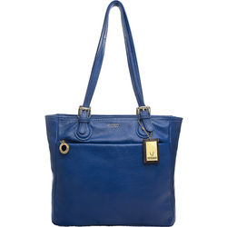 Lucia 02 Tote, cow deer,  prussia