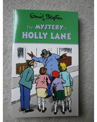 Blyton: mystery of holly l