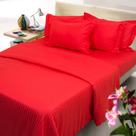 Red color stripe double bed sheet with two pillow covers