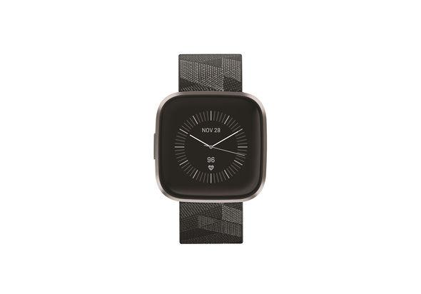 فيتبيت فيرسا 2  الساعة الذكية  لتتبع اللياقة , إصدار خاص ,  Smoke Woven/Mist Gray Aluminum