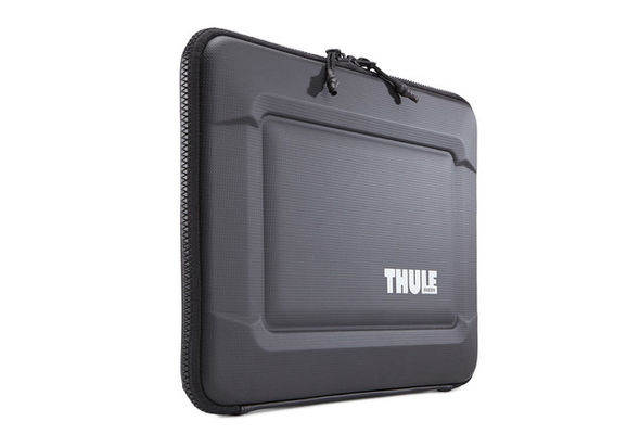 Thule Gauntlet 3.0 13  MacBook Pro Sleeve, Black
