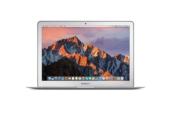 Apple MacBook Air 13  i5 8GB, 256GB Laptop