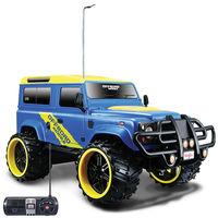 Maisto 1: 16 Land Rover Defender Remote Control Car