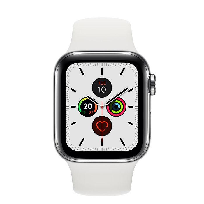 ساعة ابل سيريس 5 - سوار ستانلس ستيل بقياس 44 ملم مع سوار رياضي ابيض ، نظام تحديد المواقع + خلوي