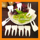 Total gift Solutions - Kitchen Tooth Shape Fruit Fork - White, 10 pcs