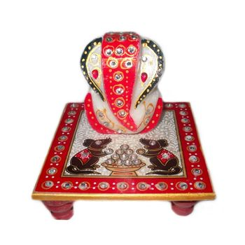 Marvellous Marble Ganesha Chowki with Mushak Raj design, regular