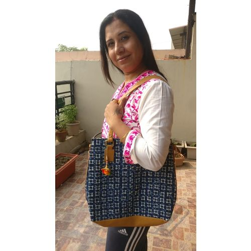 Mulmul Large Shopping Carry Party Bag with Long Strap 4