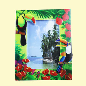 Creative Toucan Bird Design With Sand Effect Resin Photo Frame,  lawn green, 22.5   1.5   22 cm, ceramic