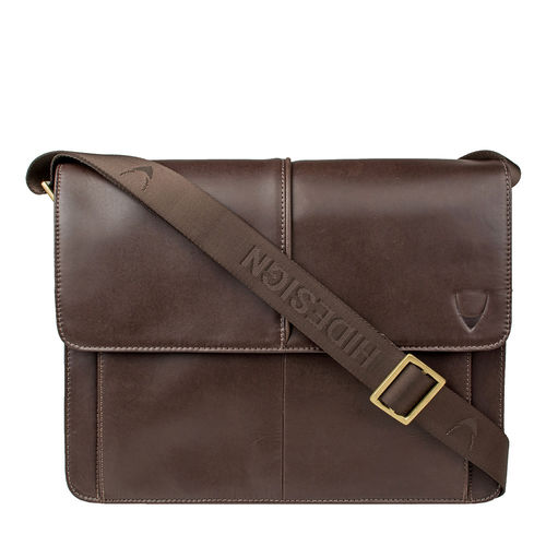 Gear 03 Messenger bag,  brown, escada