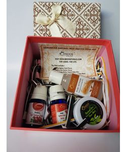 Luxurious Natural Skin Rejuve Gift Hamper