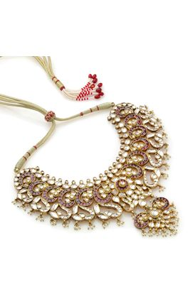 MAROON WHITE KUNDAN NECKLACE SET