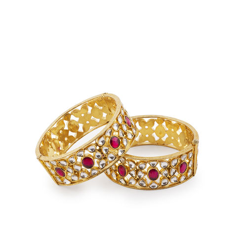 PINK OVAL SHAPE WITH WHITE KUNDAN BROAD BANGLES