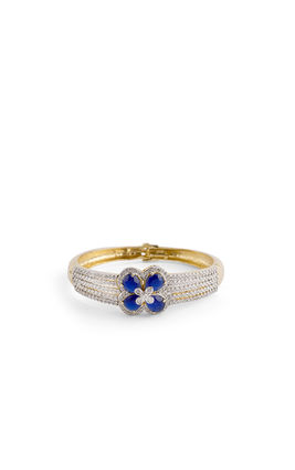 CZ DIAMOND IN CENTER BLUE FLOWER BRACELET