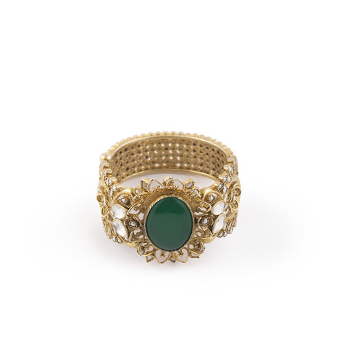 GREEN ONEYX OVAL SHAPE STONE WITH WHITE KUNDAN BROAD BRACELET
