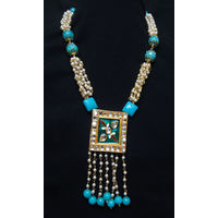 Beautiful necklace in blue-KNL079