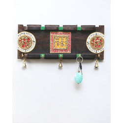 VarEesha Handcrafted Dhokra Key Hook, 1000 g, multicolored, 15x1.5x6