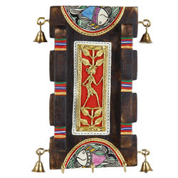VarEesha Handcrafted Dhokra Panel Key Hook, 700 g, brown with multicolor hand work, 5x1x9