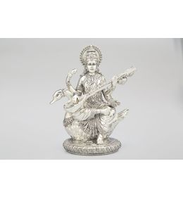 Shaze Saraswati On Swan Idol