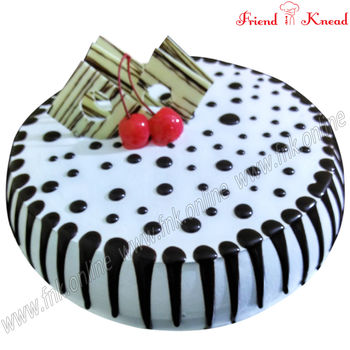 Eggless Choco Chip Cake, 0.5 kg, select time, eggless
