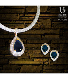 Precious Blue Pendant Set, blue