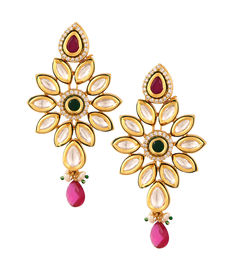 Kundan Delight, golden