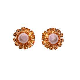 Pink Rose - Golden stud earrings